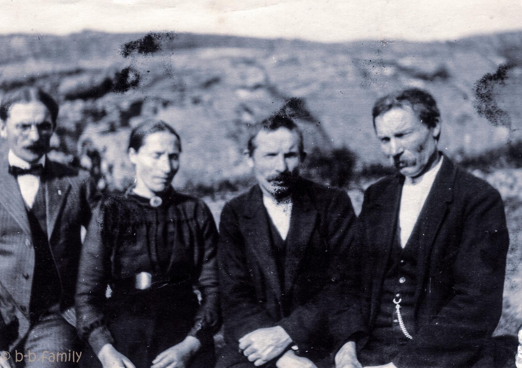 Søsken gjenforening i Hessevåg Bakke